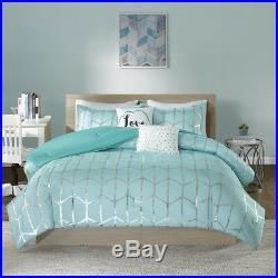 Beautiful Modern Aqua Blue Grey Silver Chevron Stripe Girls Love Comforter Set