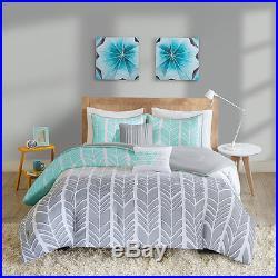 Beautiful Modern Light Grey Blue Teal Aqua Chevron Stripe Soft Comforter Set New