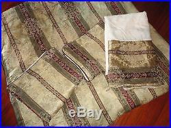 Croscill Townhouse Burgundy Green Gold (4pc) Queen Comforter Set