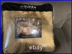 J Queen New York Napoleon Gold 4-pc King Comforter Set Gold