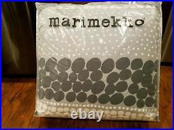 Marimekko Jurmo Comforter Set, Grey/White/Black, Size Full/Queen
