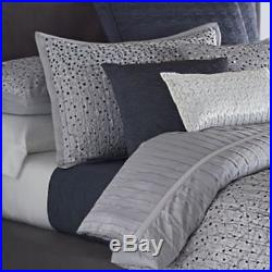 Vera Wang Dimensional Embroidered 4 Pc Comforter Set Icy Blue / Grey Size Queen